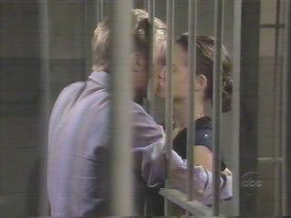 kissing9.jpg